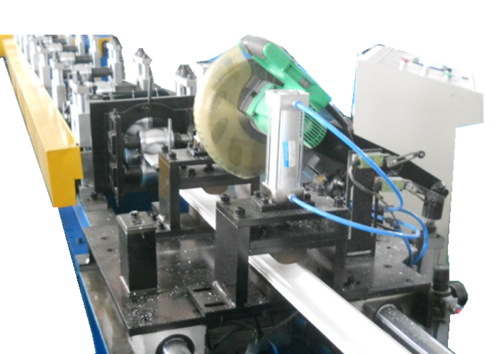 PU-Rolling-shutter-machine-2.png
